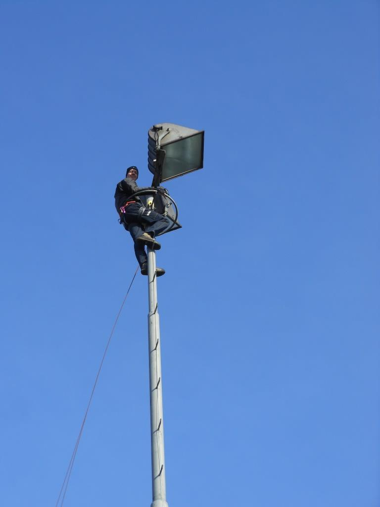 PE0AVS hoog in de mast